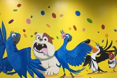 Детский день рождения в комнате Рио